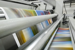 large offset Commercial Printing Services in action printing copies