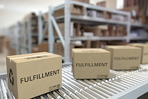 boxes that are used for commercial fulfillment services