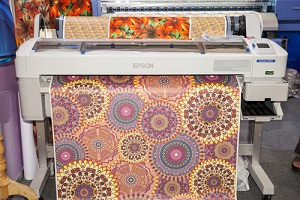 Type Of Printers Are Used In Commercial Printing- Garment Printer Printing Fabric