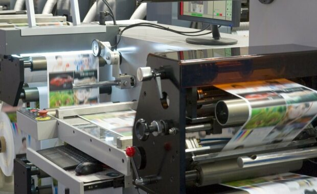 Digital vs Offset Printing- Operational Printing Machine